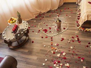 R. Удивите своего любимого идеальным романтическим вечером