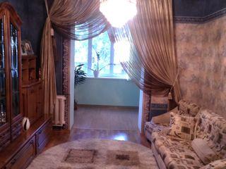 Сдам в аренду 2-х комнатную квартиру на бульваре Штефан чел Маре