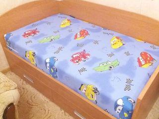 Детскя кровать 4-10 лет  матрац новый (кокос). Чеканы