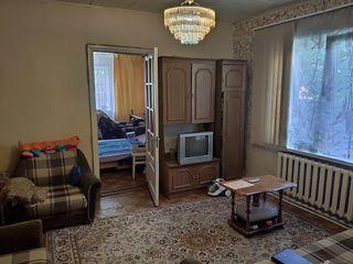 Сasă cu 3 camere, 70 mp, str. Columna, 45 900 €