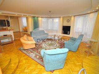 Apartament cu 4 camere în bloc nou, str. Petru Rareș, Centru, 275000 € !