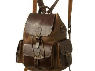 Новый кожаный рюкзак из толстой прочной кожи. Одно отделение и три объёмных наружных кармашка. Функц