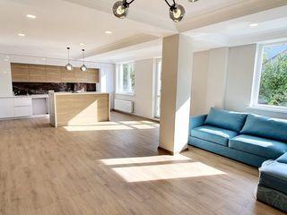 Se vinde apartament cu 4 camere, amplasat în or. Ialoveni, pe str. Tighina! 115000 €