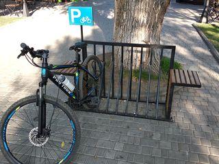 Parcare pentru biciclete/парковки для велосипедов