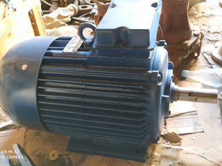 motor electric-электродвигатель, насос винтовой