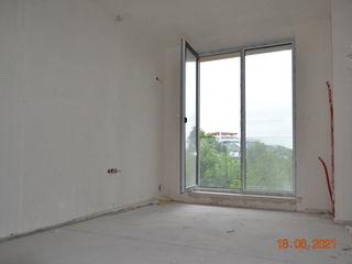 Propunem preț bun! Etajul 5, 65 m2, varinata albă la Valea Trandafirilor!