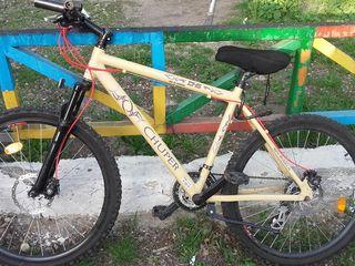 Горный велосипед(дисковые тормоза,shimano)