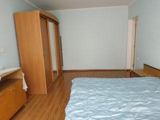 Se dă în chirie apartament cu suprafața de 75 m.p. poziționat în sect. Centru, pe str. Albisoara.