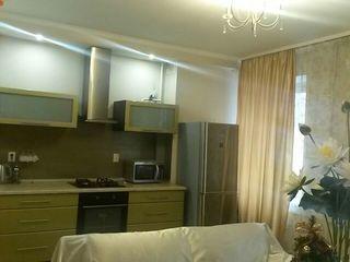 Апартаменты на сутки - 800 лей,от 2 суток - 700 лей - - ул.Puşkin 30, сдаем 24/24.