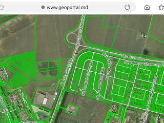 Cumpar pamint zona Metro, Chisinau, sec. Posta Veche sau zona Megapolis, comercial sau sub construct