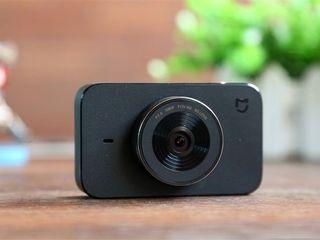 Видеорегистратор Xiaomi Mi Mijia по низкой цене + 1000 лей в подарок! Гарантия и доставка бесплатно!