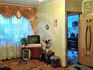 Apartament superb cu 2 camere,reparație,mobilat,etajul 1 din 5 Botanica