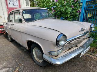 Меняю старинный автомобиль на современный