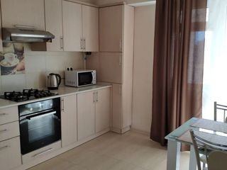 Apartament cu 1 camera proprietar 068574278
