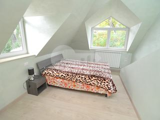 Apartament în 2 nivele, V. Alecsandri, 700€ !