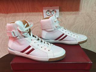 Срочно продам фирменные кроссовки Bally Aikane  100% оригинал !