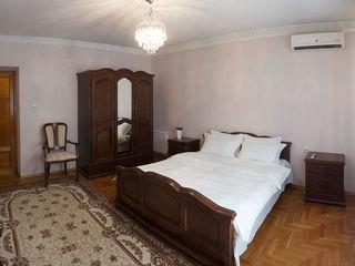 Apartament cu  6 dormitoare ,200m2  + Sauna.