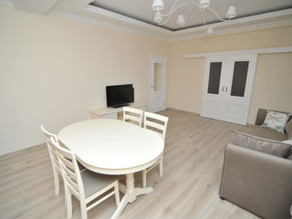 Bloc de elita, Centru, apartament cu 2 odai, chirie, 550 €