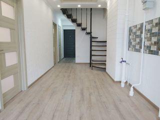 Penthouse! 3 dormitoare cu living eurostyle! de la dezvoltator.