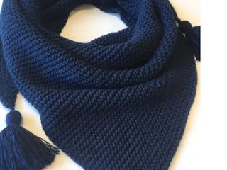 Бактус - вязаный шарф треугольником осень зима