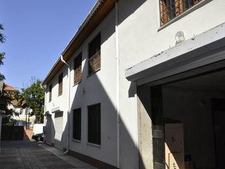 Chirie, depozit, Centru, str. Bulgară, 360 m2. Zonă usor accesibila pt camion sau TIR!