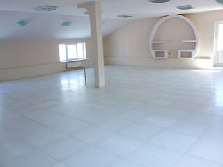 Аренда. Oфисное помещение- 130 кв.м. Цена включает НДС.