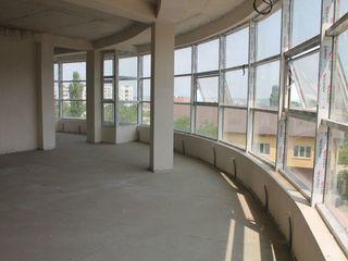 3-х этажное комерческое помещение !