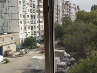 Продаю 2х-комнатную квартиру в Бельцах.