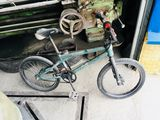 bicikleta este bmx
