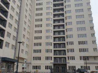 Apartament cu 3 camere si bucatrie cu living in varianta alba. Exfactor!!!
