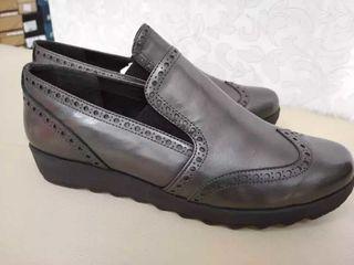 Pantofi .Mărimi 41,42
