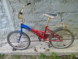 Vand biciclenta pentru copii .