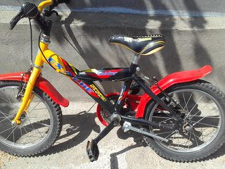 Vand bicicleta.Pentru copii.