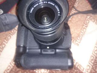 Canon 600 D Kit +объектив+грип+вспышка, 2 - батареи, фильтр и бленда в подарок.Япония,18м.пикселей.