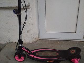 Електрический скутер Е90 - отличный