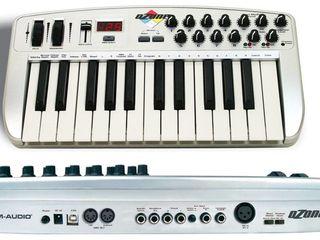 Midi клавиатура m-audio ozone 8 со встроенной звуковой картой.
