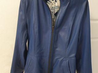 Продам  новую  кожаную куртку  (Турция)2ух сторонняя,мягкая и качественная  кожа.