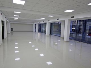 Chirie Imobil Comercial! Centru, str. Ismail, 1000 m2! Prima linie!
