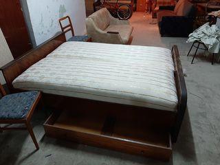 Кровать 2х спальная 1м50см на 1м95 с яшиками для белья