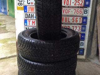 235/65 R17 Dunlop 4шт
