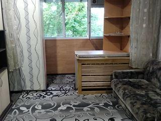 Продаю комнату в общежитии с мебелью и бытовой техникой.