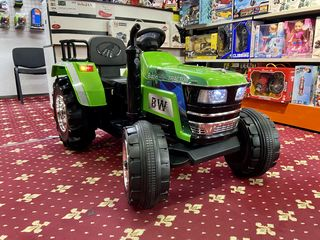 Tractor electric