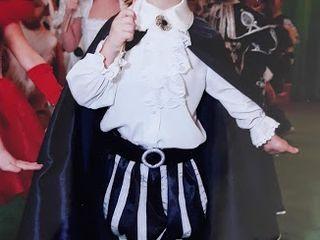 Продам костюмы: буратино, принца и хлопушки