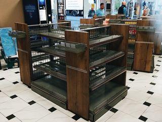Специализированная мебель. Стеллажи, полки, витрины, стойки под одежду для магазинов баров кафе АЗС.