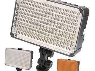 Накамерный свет Aputure Amaran 198 LED.
