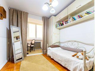 Apartament cu 3 camere, sect. Botanica, str. N. Testemițanu, 64800 €