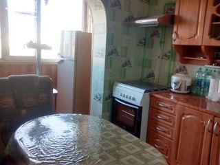3-к.Центр 143 сер. в отличном состоянии с мебелью и техникой Срочно 32000$ торг