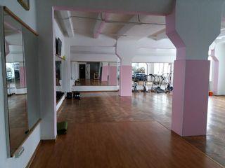 Комфортабельный Фитнес зал