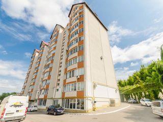 Centru, vânzare, penthouse în două nivele, 87 800 euro