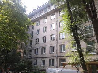 In chirie - apartament cu 3 camere-150eur. (proprietar)